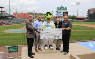 Day Air Credit Union Donates $5,300 to Dayton Live in Partnership with Dayton Dragons
